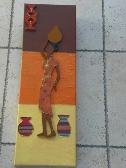 Femme africaine bois
