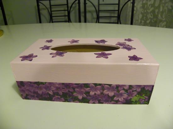 Boite a mouchoirs Violettes